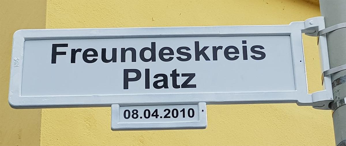 Schild_Platzname